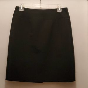 Kim Rodgers black ladies skirt